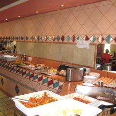 Отель Oasis Motel Габороне питание