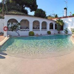 Отель Camping Globo Rojo бассейн