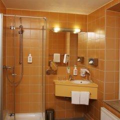 Отель Helvetia Hotel Munich City Center Германия, Мюнхен - 2 отзыва об отеле, цены и фото номеров - забронировать отель Helvetia Hotel Munich City Center онлайн ванная фото 2