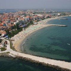 Отель Sea Sounds Болгария, Поморие - отзывы, цены и фото номеров - забронировать отель Sea Sounds онлайн пляж фото 2