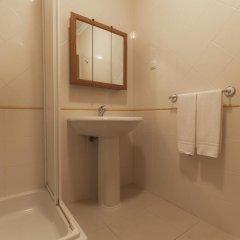 Отель Complexo Eden Vilage by Garvetur Португалия, Виламура - отзывы, цены и фото номеров - забронировать отель Complexo Eden Vilage by Garvetur онлайн ванная