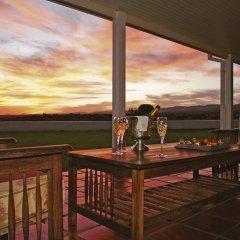 Отель River Bend Lodge балкон