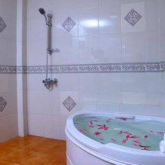 Отель Kodigahawewa Forest Resort 3* Вилла с различными типами кроватей фото 3