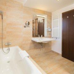 Park Inn Hotel Prague 4* Представительский номер с различными типами кроватей фото 7
