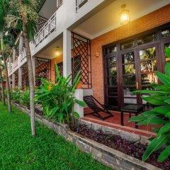 Отель Hoi An Beach Resort 4* Улучшенный номер с различными типами кроватей фото 3