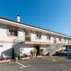 Отель Apartamentos La Bolera Испания, Арнуэро - отзывы, цены и фото номеров - забронировать отель Apartamentos La Bolera онлайн парковка