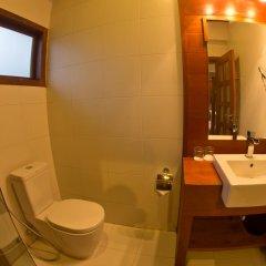 Mayura Hill Hotel & Resort 4* Улучшенная вилла с различными типами кроватей фото 7
