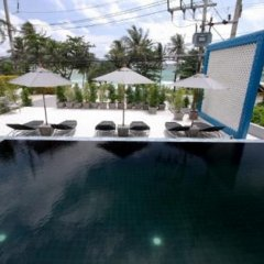 Sky Lantern Hotel бассейн