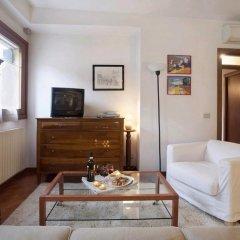 Отель Locappart Cannaregio - Venice City Centre Италия, Венеция - отзывы, цены и фото номеров - забронировать отель Locappart Cannaregio - Venice City Centre онлайн комната для гостей фото 4