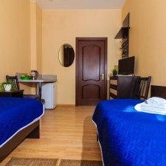 Мини-отель Белая ночь 2* Стандартный номер с 2 отдельными кроватями (общая ванная комната) фото 4