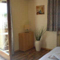 Отель Residence Rebgut Италия, Лана - отзывы, цены и фото номеров - забронировать отель Residence Rebgut онлайн комната для гостей фото 3