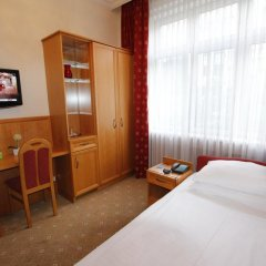 Отель Corvinus Pension 4* Стандартный номер фото 4