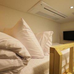 Отель STEP INN Myeongdong 1 3* Стандартный номер с различными типами кроватей фото 7
