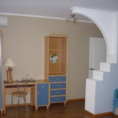 Гостиница Mini Gostinitsa DTS Yuzhniy Украина, Запорожье - отзывы, цены и фото номеров - забронировать гостиницу Mini Gostinitsa DTS Yuzhniy онлайн удобства в номере