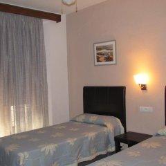 Отель Hostal Sevilla комната для гостей