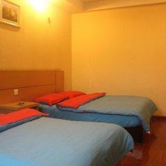 Dengba Hostel Chengdu Branch Стандартный семейный номер с двуспальной кроватью фото 4