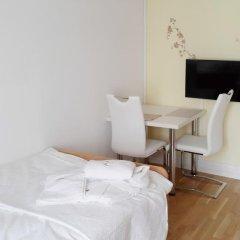 Отель Residence Serviced House Стандартный номер с различными типами кроватей фото 3