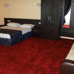 Лазурь Бич Отель комната для гостей фото 5
