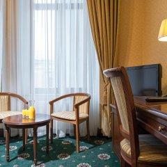 Гостиница Айвазовский Улучшенный номер с 2 отдельными кроватями фото 3