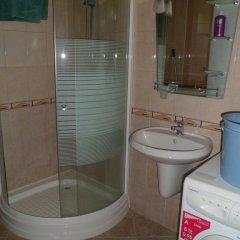 Отель Holiday Home Okka By Болгария, Балчик - отзывы, цены и фото номеров - забронировать отель Holiday Home Okka By онлайн ванная