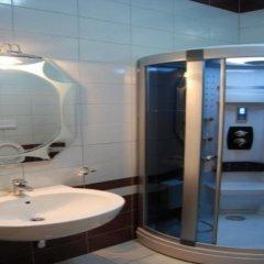 Отель Gjuta Hotel Албания, Тирана - отзывы, цены и фото номеров - забронировать отель Gjuta Hotel онлайн ванная фото 2