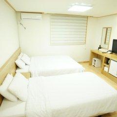 Отель Blessing in Seoul 2* Стандартный номер с 2 отдельными кроватями фото 3
