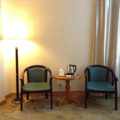 The Shenzhen Overseas Chinese Hotel Шэньчжэнь удобства в номере фото 2
