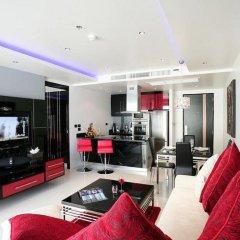 Отель Absolute Bangla Suites 4* Представительский люкс с различными типами кроватей