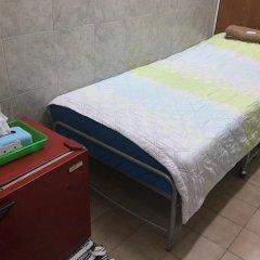 Отель Miggy Guest House Adults Only Бангкок ванная фото 2