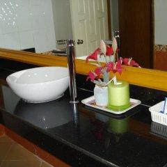 Отель Lamai Guesthouse 3* Номер Делюкс с двуспальной кроватью фото 6