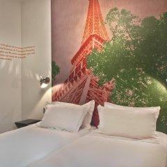 Отель Hôtel Alpha Paris Tour Eiffel by Patrick Hayat 3* Стандартный номер с различными типами кроватей фото 2