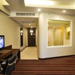 Ambassador Bangkok Hotel 4* Улучшенный номер фото 11
