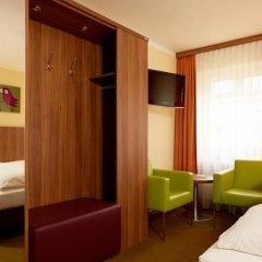 Отель Lux Германия, Мюнхен - отзывы, цены и фото номеров - забронировать отель Lux онлайн комната для гостей фото 7