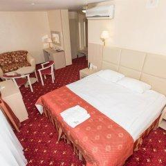 Амакс Премьер Отель Студия разные типы кроватей фото 16