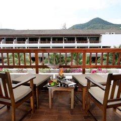 Отель Kamala Beach Resort a Sunprime Resort 4* Номер Делюкс с двуспальной кроватью фото 2