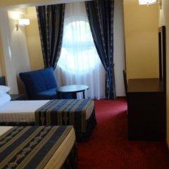 Лазурь Бич Отель комната для гостей фото 3