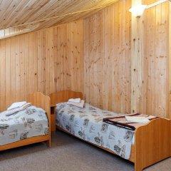 Гостиница Алмаз Стандартный семейный номер с двуспальной кроватью фото 10