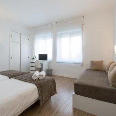 Отель NeoMagna Madrid 2* Улучшенный номер с различными типами кроватей фото 8