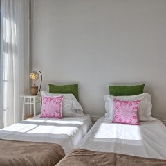 Апартаменты Localtraveling ALFAMA River View - Family Apartments комната для гостей фото 2