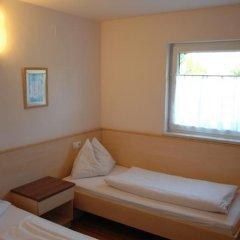 Отель Pension Weber Австрия, Вена - отзывы, цены и фото номеров - забронировать отель Pension Weber онлайн комната для гостей фото 5