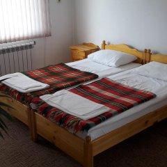 Отель Guest House Zlatinchevi Банско комната для гостей фото 4