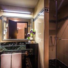 L'Hotel du Collectionneur Arc de Triomphe 5* Улучшенный номер разные типы кроватей фото 9