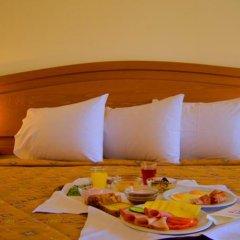 Porfi Beach Hotel в номере