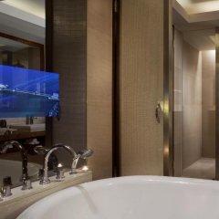 Отель The Ritz-Carlton Sanya, Yalong Bay Китай, Санья - отзывы, цены и фото номеров - забронировать отель The Ritz-Carlton Sanya, Yalong Bay онлайн ванная