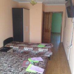 Гостиница Christina Guest house в Ольгинке отзывы, цены и фото номеров - забронировать гостиницу Christina Guest house онлайн Ольгинка комната для гостей фото 5