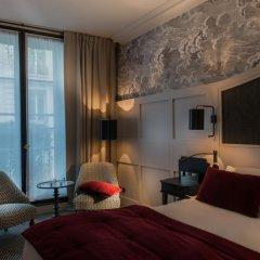 Отель Hôtel DAubusson 5* Улучшенный номер с различными типами кроватей