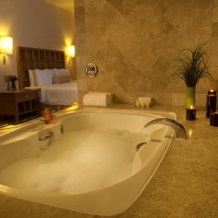 Отель Fiesta Americana Acapulco Villas 4* Люкс с различными типами кроватей фото 4
