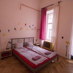 Pal's Hostel & Apartments Кровать в общем номере с двухъярусной кроватью фото 4