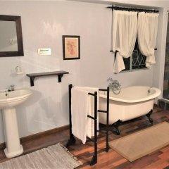 Отель Gerald's Gift Guest House 4* Номер Делюкс с 2 отдельными кроватями фото 2