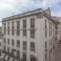 Отель Traveling To Lisbon Chiado Apartments Португалия, Лиссабон - отзывы, цены и фото номеров - забронировать отель Traveling To Lisbon Chiado Apartments онлайн балкон